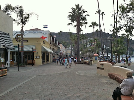 avalon-catalina-shopping