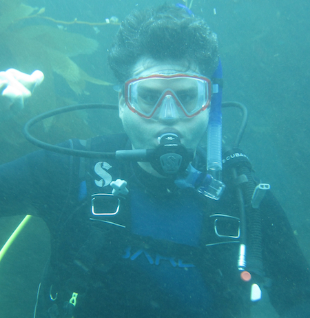 keep-it-up-david-scuba-underwater