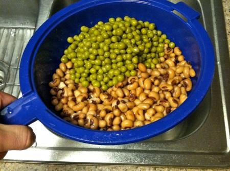 blackeyed-peas-colander-strainer