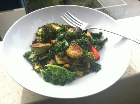 roasted-veggie-kale-salad-bowl