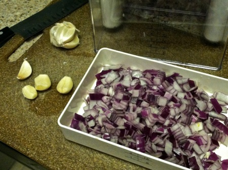 garlic-chopped-red-onion