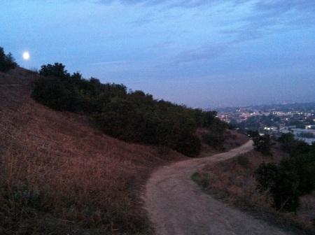 Moon-Hiking-Trail-Culver-City