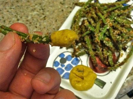 Baked-green-bean-close-up