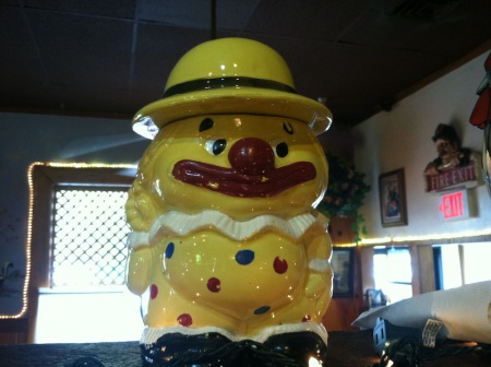 omelet-house-cookie-jar