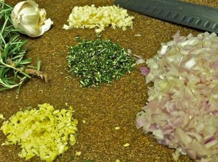 minced-shallot-ginger-garlic-rosemary