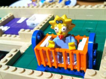 Simpsons-Lego-House-Maggie-Crib