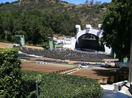 Hollywood-Bowl-empty-seats
