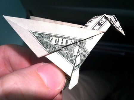 origami-dollar-bill-hummingbird