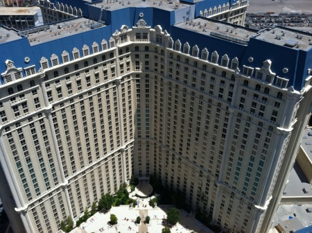 Paris-Las-Vegas-otel-Tower