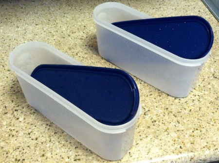 tupperware-containers-with-lids