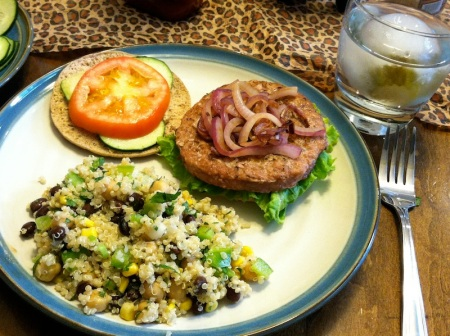 turkey-burger-with-quinoa-salad