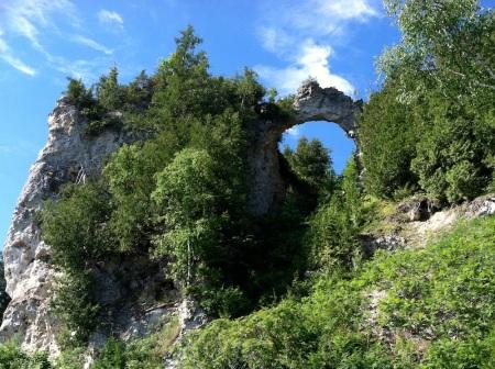 arch-rock-mackinac-island