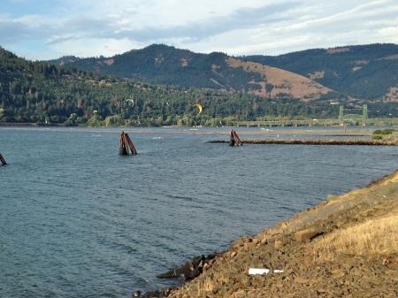 Columbia-River-Hood-River-Oregon
