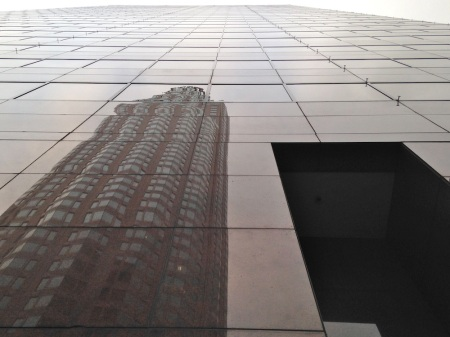 us-bank-tower-reflection