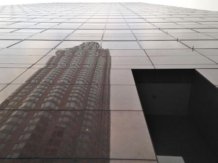 us-bank-tower-reflection