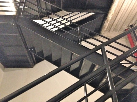 stairwell-figueroa-at-wilshire