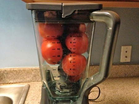 whole-tomatoes-in-blender