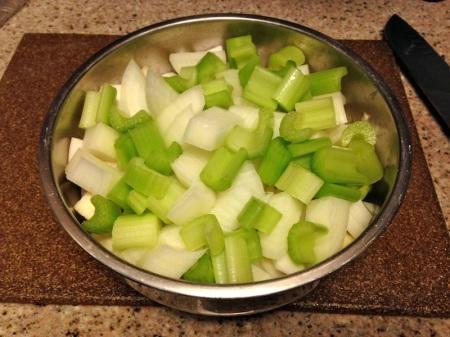celery-onion-bowl