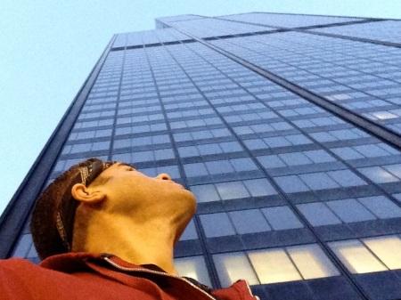 David-Looking-Up-Willis-Tower