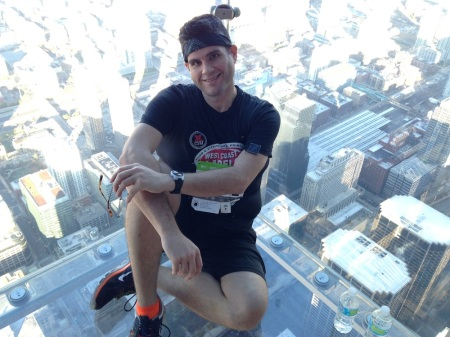 David-Sitting-Skydeck-Ledge