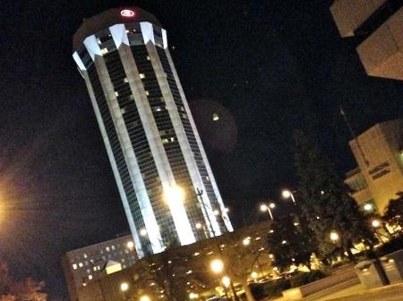 Hilton-Springfield-night