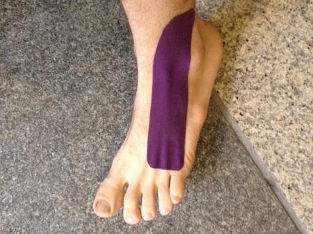 rock-tape-on-foot