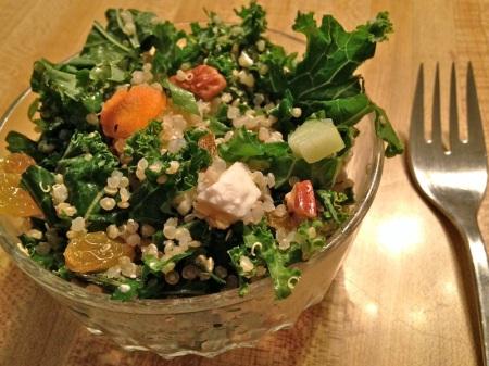 bowl-kale-quinoa-salad
