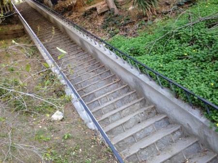 Hollywidge Stairs.