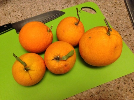 oranges-on-cutting-board