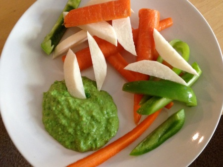 raw-veggies-with-pea-dip