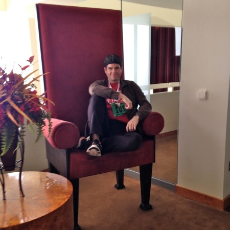 David-big-chair-coach-insignia-marriott-renaissance-center