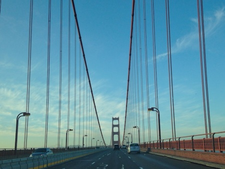 driving-across-golden-gate-bridge