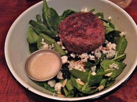 berry-blue-salad-bareburger-elk-patty