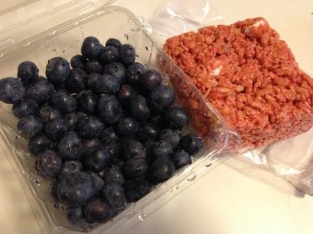 blueberries-rice-krispy-treat