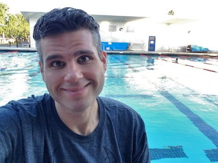 david-selfie-pool