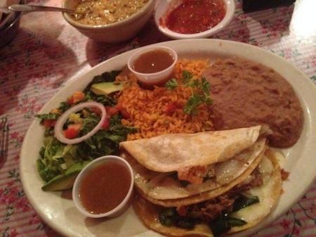 mias-tex-mex-brisket-tacos