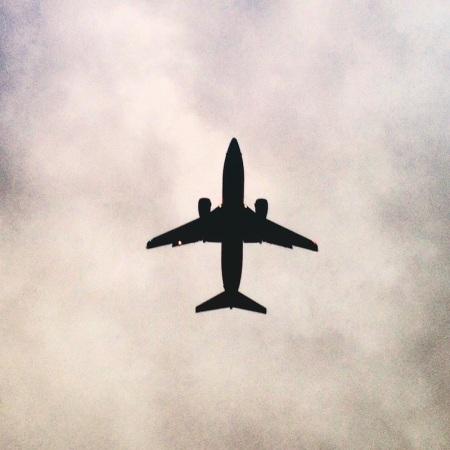plane-overhead