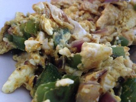 scrambled-eggs-close-up