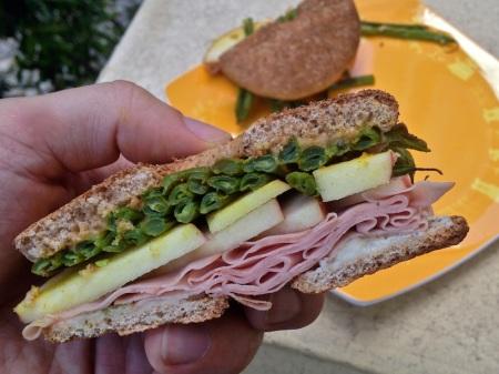 green-bean-sandwich-close-up