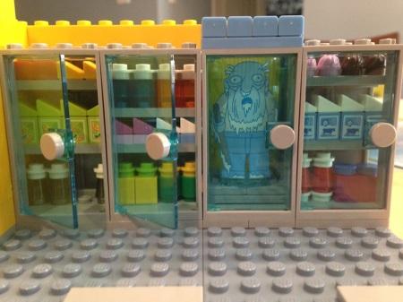 lego-simpsons-kwik-e-mart-jasper-cooler