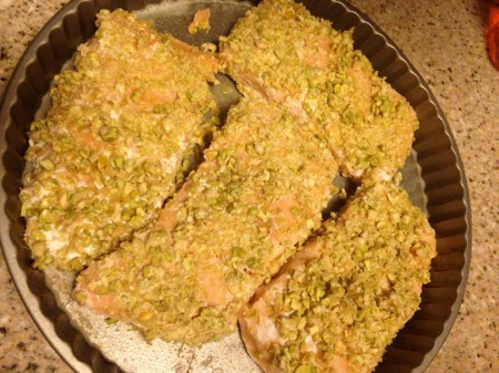 crusted-salmon-in-pan