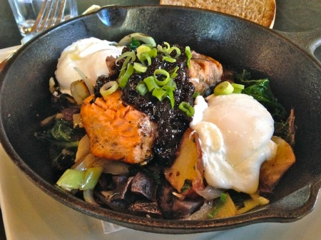 salmon-skillet-portage-bay-cafe