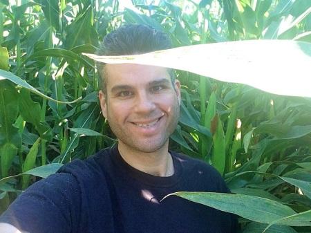 david-selfie-corn-maze