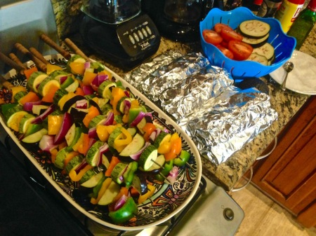 vegetable-kabobs-fish-grill-pouches-prep