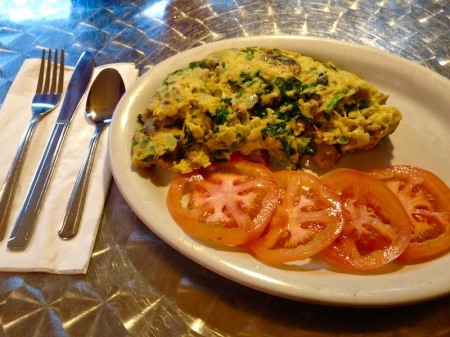 veggie-omelet-tomatoes-planet-java-cafe-seattle
