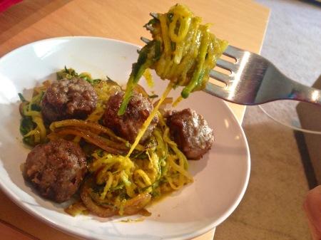 veggetti-zucchini-and-meatballs