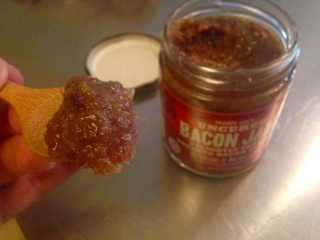 trader-joes-bacon-jam-spoon