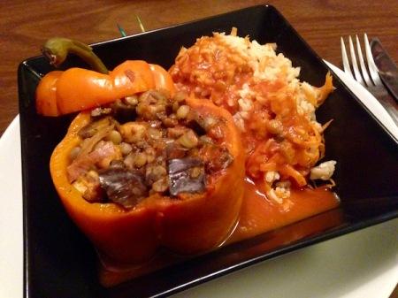 vegan-stuffed-pepper-brown-rice