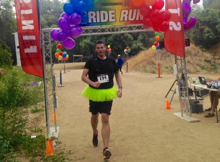 david-tutu-crossing-finish-line