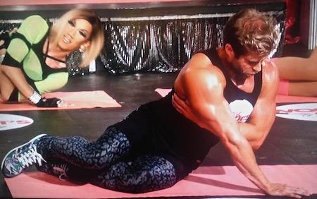 workouts-a-drag-mermaid-pushups-craig-ramsay